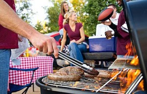 Avoid Pests Summertime Outdoor Gatherings